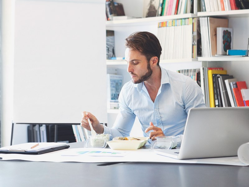 71% of flexible office workers don't leave the office for lunch
